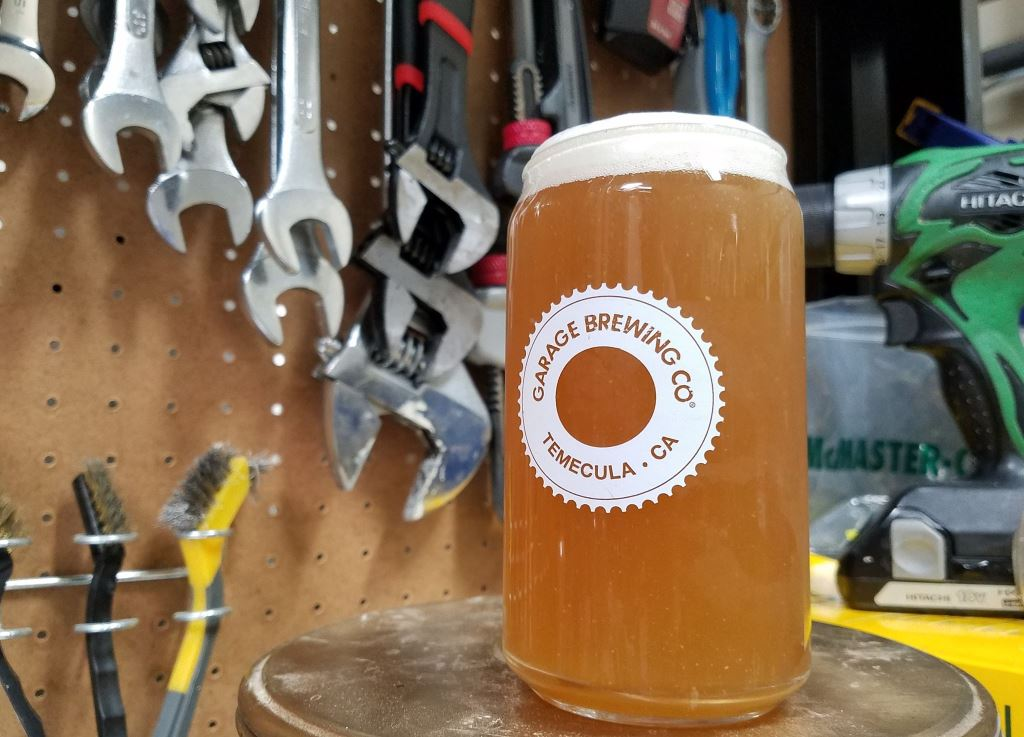 garage_brewing_hazy8